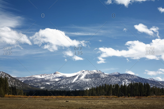 View of Sierra Nevada mountain range