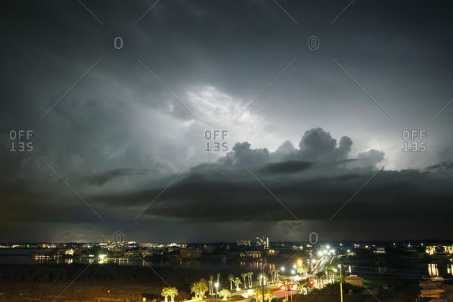 Storm approaching Alabama's gulf coast