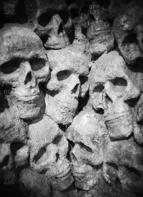 Craniums in a cave