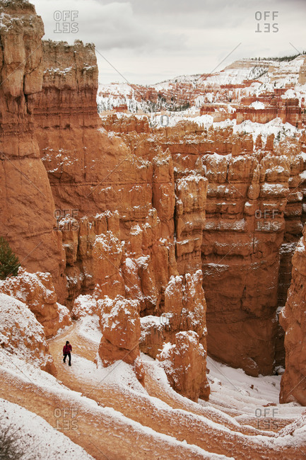 Snowy hike in Bryce Canyon National Park