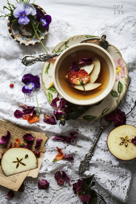 Apple Tea with Roses