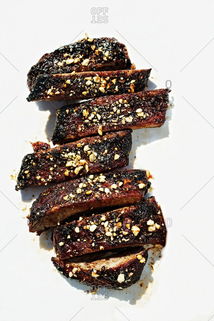 Spicy ribs sprinkled with nuts