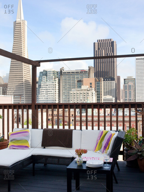 Furnished roof deck in downtown San Francisco