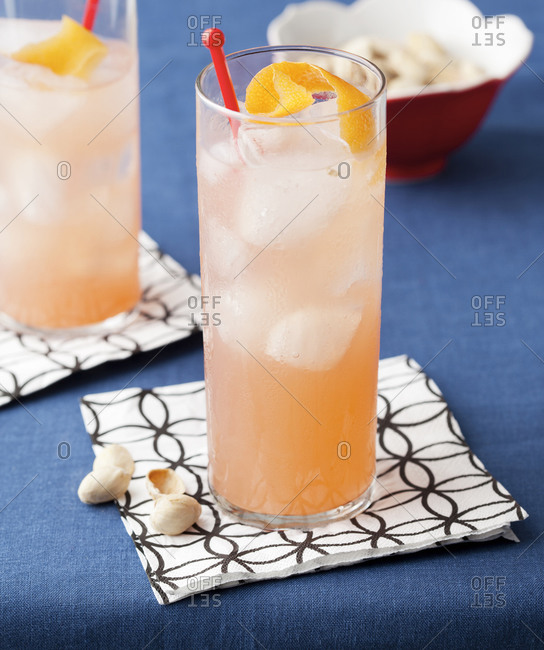 Grapefruit cocktail with gin and vodka