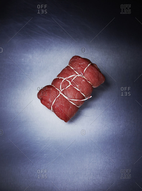 Raw beef roulade - Offset Collection