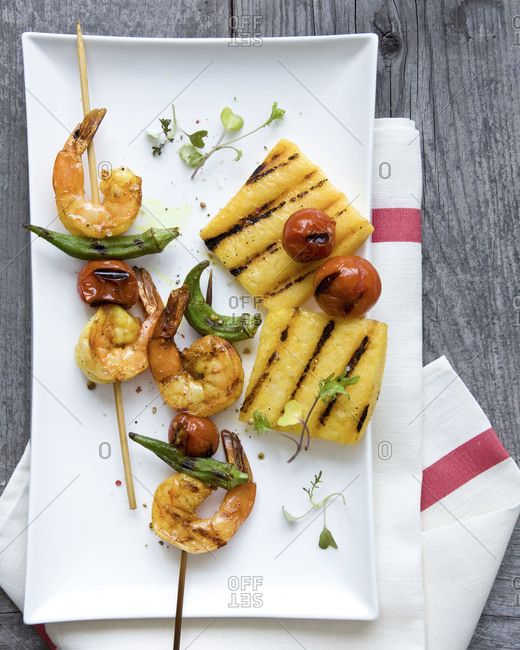 Shrimp skewers with grilled pineapple