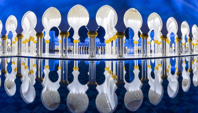 Reflections of Sheikh Zayed Mosque in a pool of water, Abu Dhabi