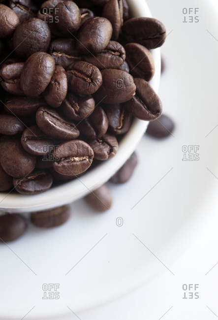 Coffee beans in a bowl