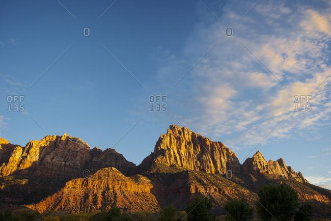 Steep rocky cliffs at the Canyon National Park, Utah