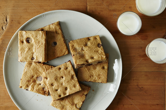 Chocolate cookie bar squares - Offset