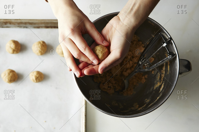 Preparing almond butter buckeye balls
