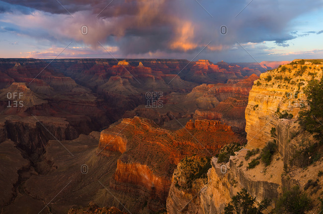Sunset from the South Rim of Grand Canyon National Park near Hopi Point