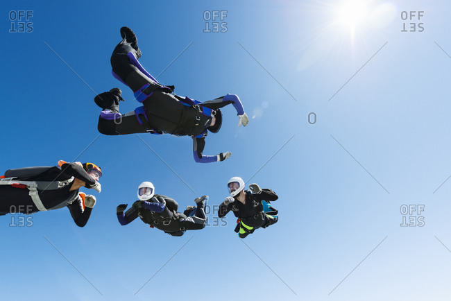 Sky-divers forming a ring in air