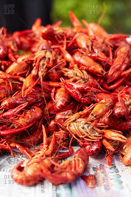 A large pile of cooked crayfish
