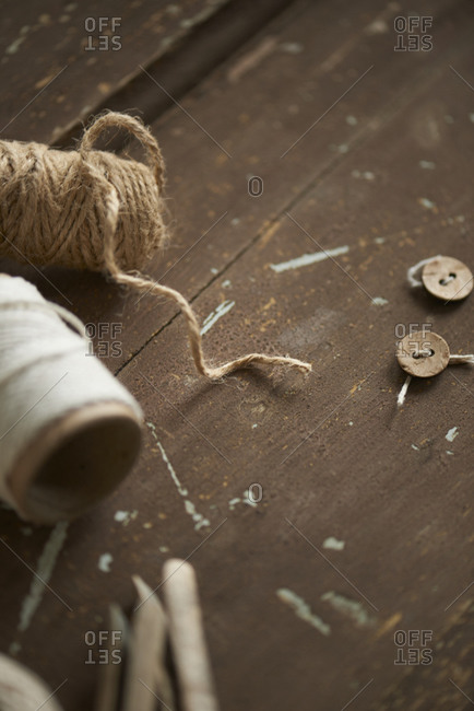 Yarn, clothespins, buttons on door