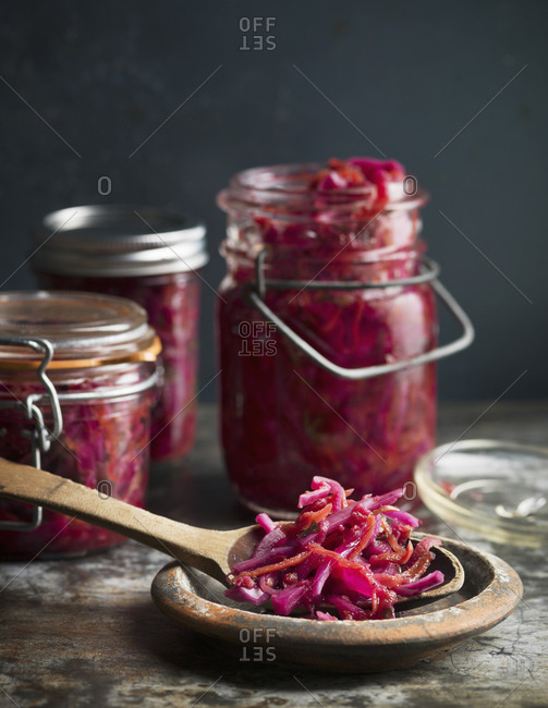 Pickled red cabbage and ginger