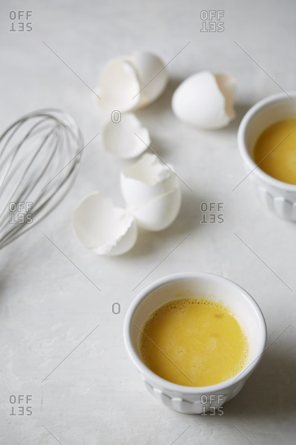 Egg shells and whisked eggs
