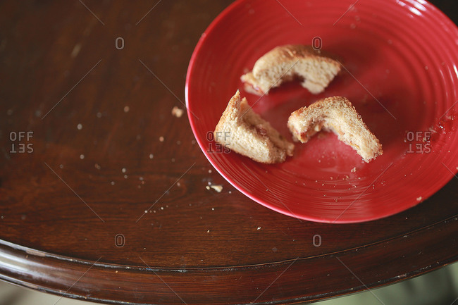 Uneaten crusts of a sandwich