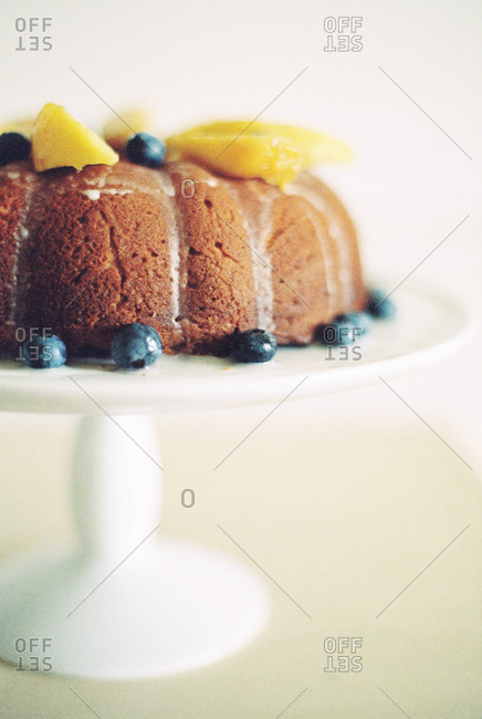 Bundt cake with blueberries and mangos