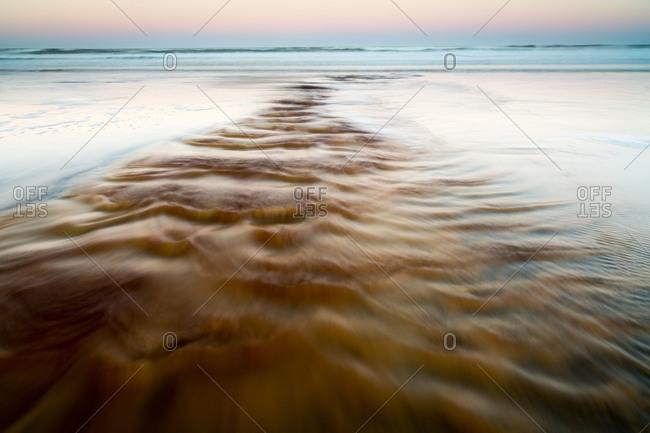 Waves on a seacoast