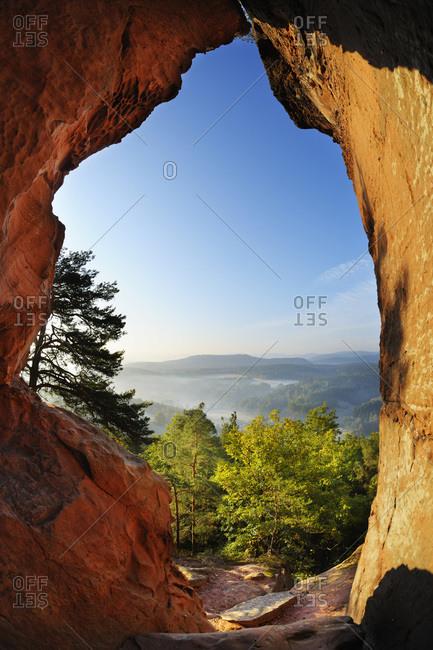 Cave in sandstone, Dahn