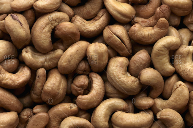 Close up of whole roasted cashews