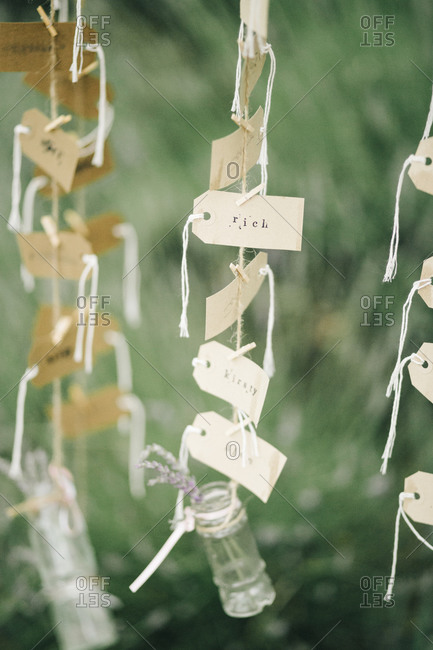 Place cards at a wedding