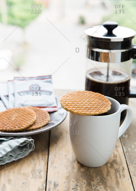 Coffee served with pizzelles