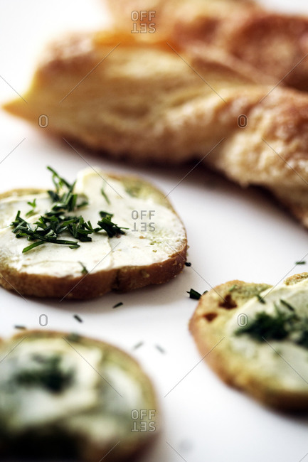 Bruschetta with chives - Offset Collection