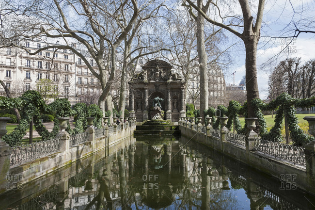 The Medici Fountain in the Le Jardin du Luxembourg, Paris