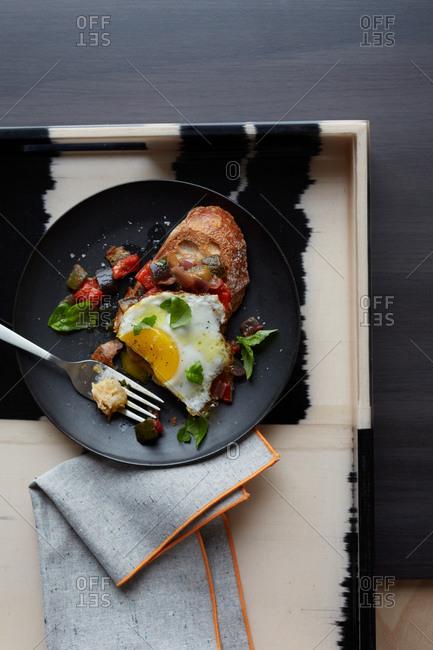 Sunnyside up eggs and toast breakfast
