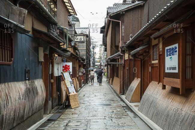 August 8 , 2012: Narrow Japanese back street