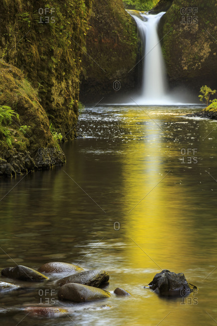 Punchbowl Falls in the Columbia River Gorge at the end of the Eagle Creek Trail