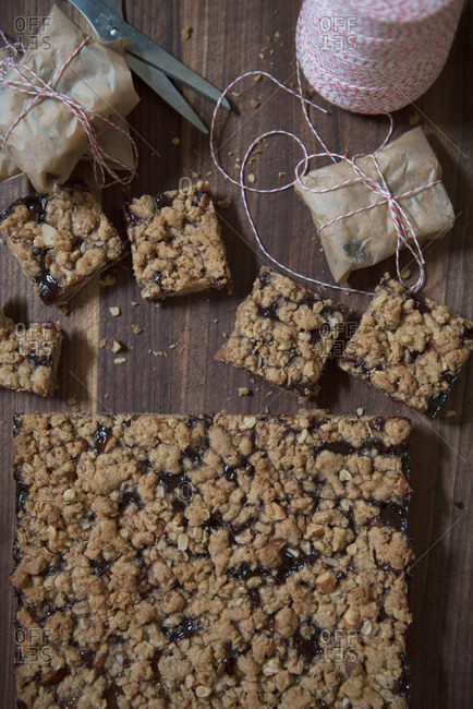 Dessert bars and packaging