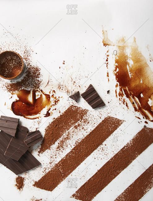 Chocolate bars and powder
