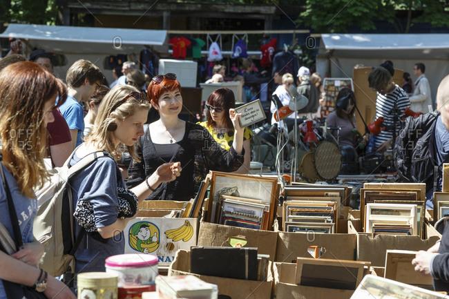 May 24, 2015: A busy flea market in Mauerpark, Prenzlauer Berg, Berlin, Germany