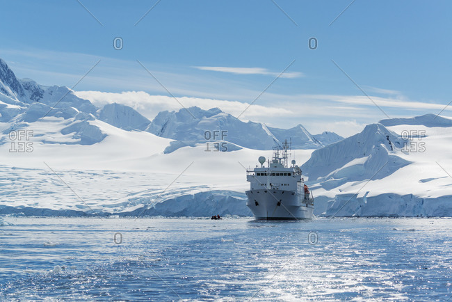 View of a polar research vessel in the Antarctic ocean