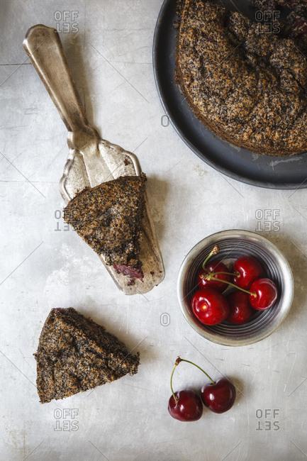 Poppy-seed cherry cake, of spelt-wholemeal-flour