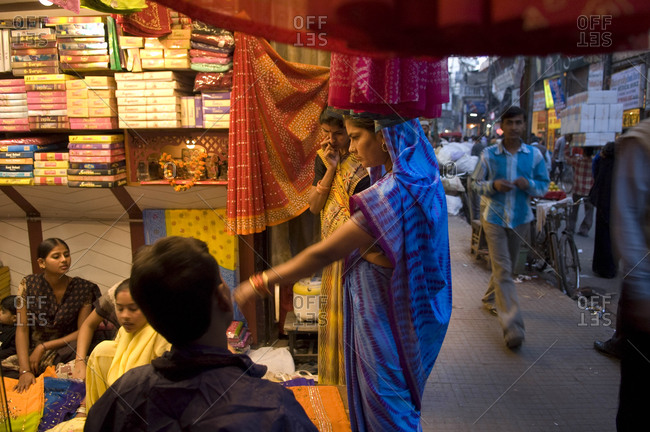 Delhi, Indian - March 25, 2002: Shoppers in Old Delhi, India