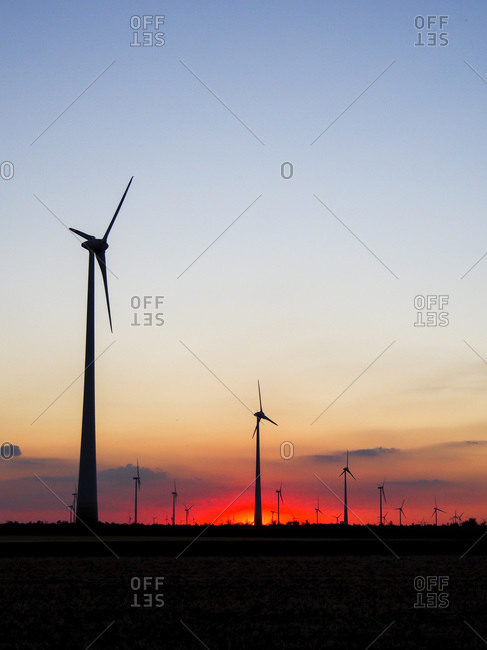 Wind park at sunset, Potzneusiedl