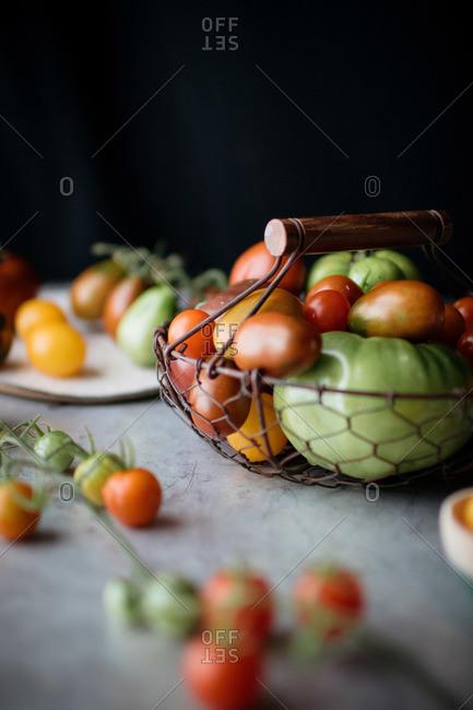 Various tomato varieties in a basket