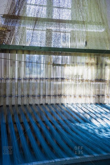 Production of damask fabric