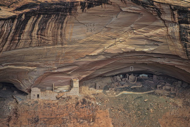 Cliff dwelling at Canyon De Chelly National Monument in Arizona