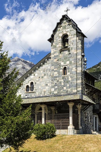 Chapel near Canacano dam, Sondrio Province