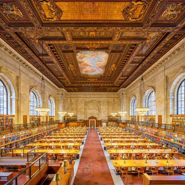New York City - March 14, 2014:  Rose Main Reading Room in the New York Public Library