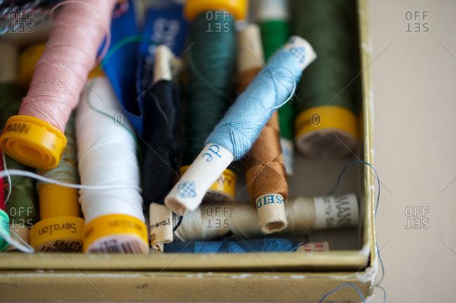 Thread reel in box textile