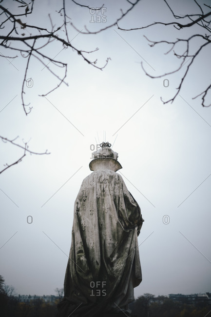 Statue at Jardin du Luxembourg in Paris