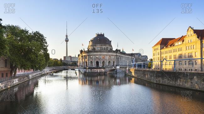 Bodemuseum and Berlin TV Tower at dawn, Berlin