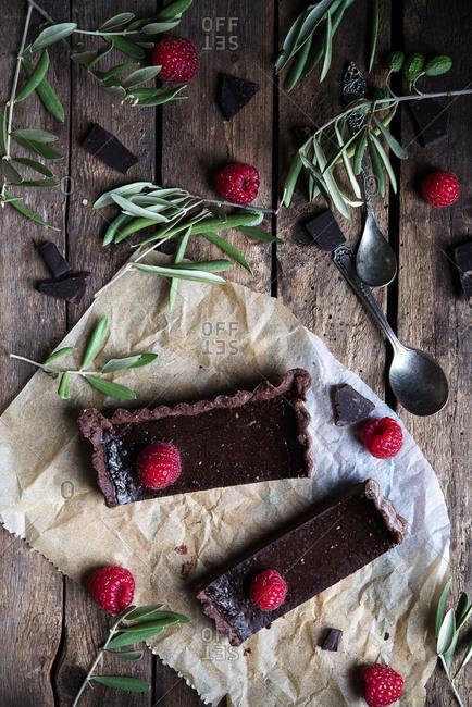 Chocolate bars and raspberries