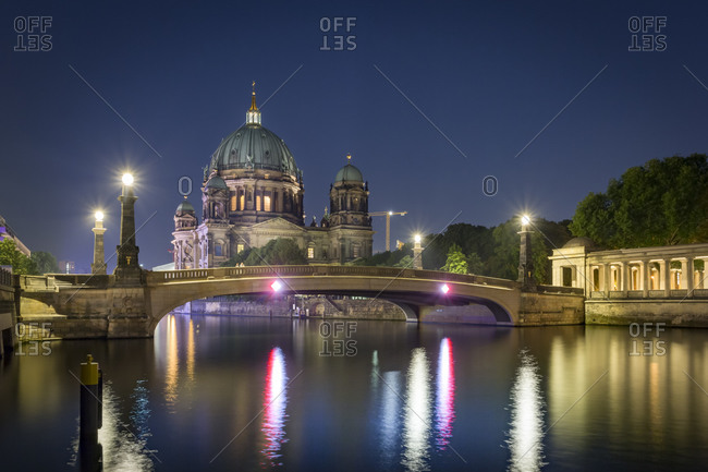 Berliner Dom and Spree River at night